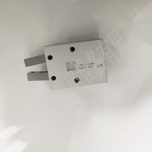 日本SMC原裝正品氣爪MHC2-20D
